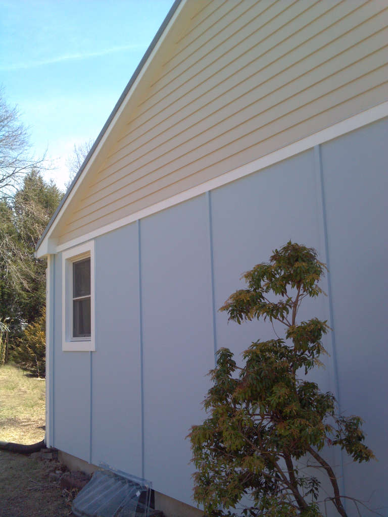 Hardie-panel-clapboard-gable-HT
