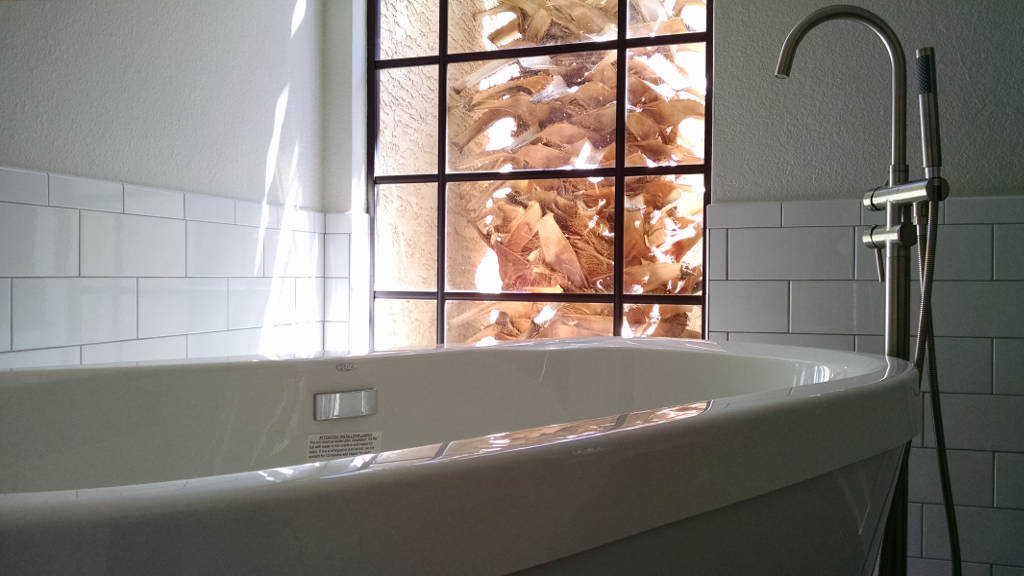 Scottsdale-freestanding-tub-and-faucet-AL-1.3
