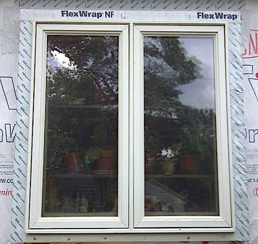 box-bay-kitchen-window-flashing-outside-HT