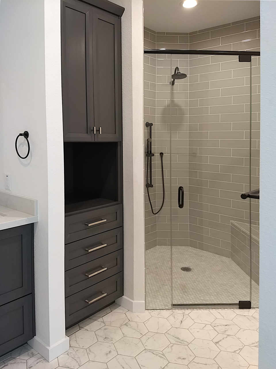 master-suite-corner-shower-2