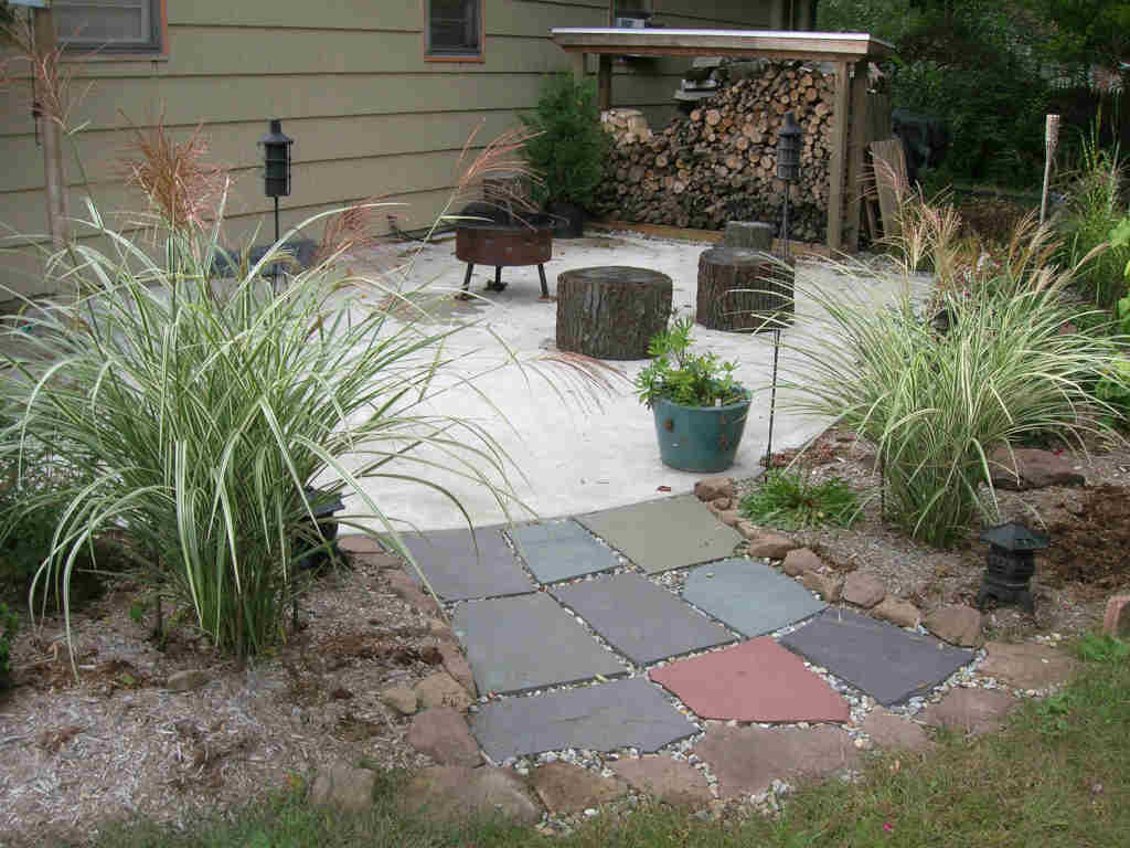 curved-concrete-patio-1024