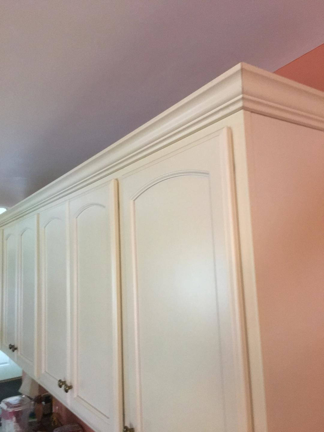 Off-white-kitchen-cabinets-with-crown-molding-Phoenix-2-opt