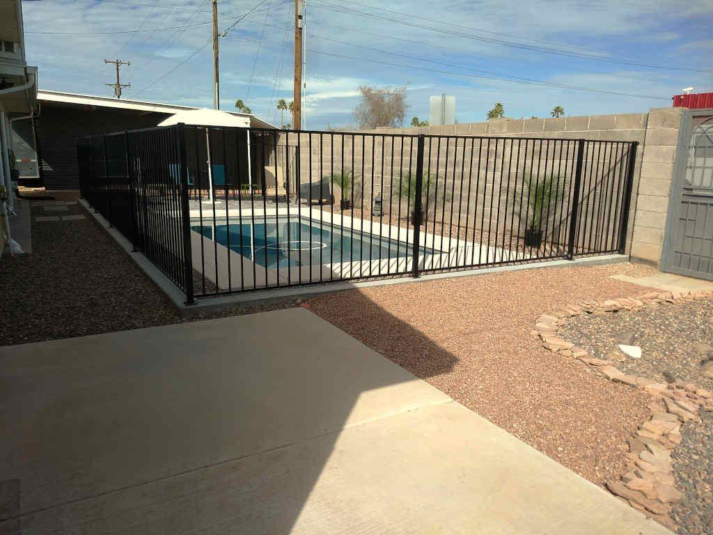 scottsdale pool fence