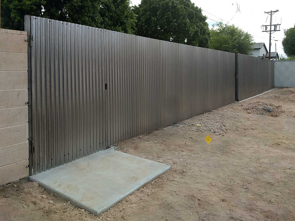bare steel corrugated fence in scottsdale