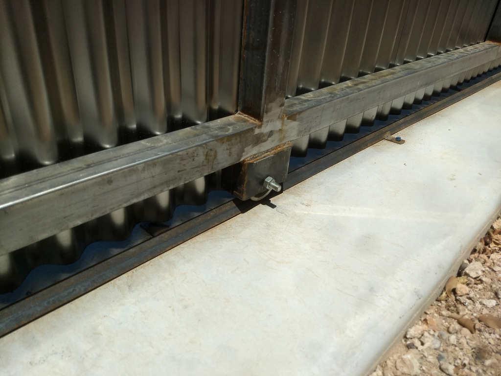 steel fence rolling gate wheel scottsdale